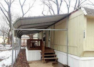 Mobile Home at 1086 Executive Decatur, IL 62526