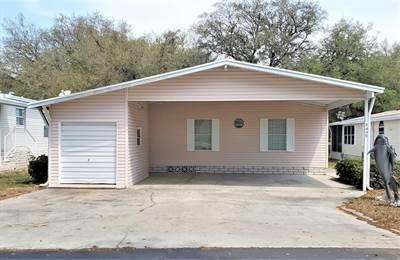 Mobile Home at 35449 Jomar Avenue Zephyrhills, FL 33541