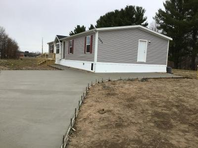 Mobile Home at 2099 Leisure Ln Traverse City, MI 49686