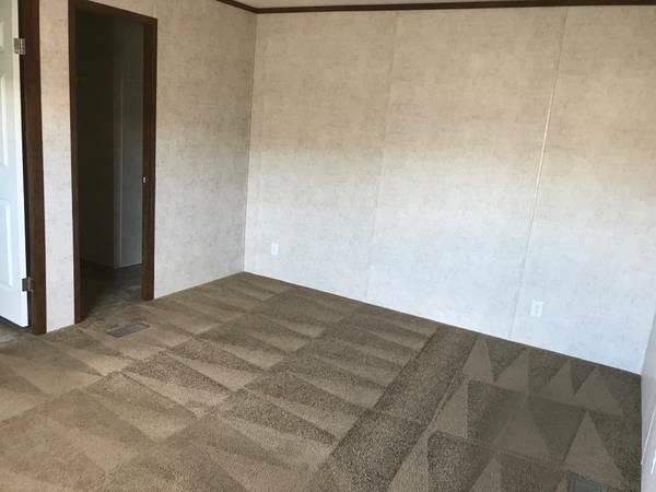 2016 Champion Mobile Home For Rent