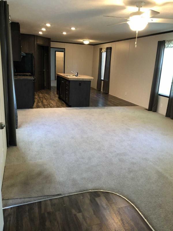 Photo 1 of 2 of home located at 6930 NE 56th St #113 Altoona, IA 50009
