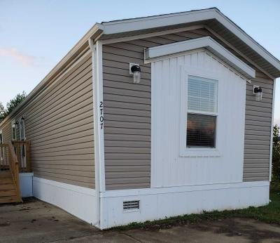 Mobile Home at 2707 Boone Dr Columbus, IN 47201