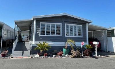 Mobile Home at 15621 Beach Blvd. #88 Westminster, CA 92683