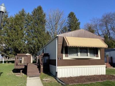 Mobile Home at 87 Colonial Ave Valparaiso, IN 46383