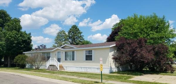 2001 REDMAN Mobile Home For Sale