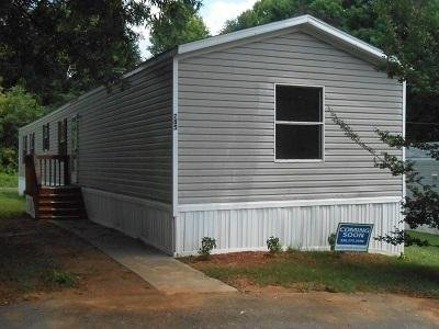 Mobile Home at 4200 Us Hwy 29 N #285 Greensboro, NC 27405