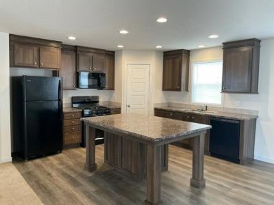 Mobile Home at 7238 Gillinham Way Fort Wayne, IN 46818