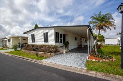 Mobile Home at 2001 83rd Ave North Lot 5129 Saint Petersburg, FL 33702