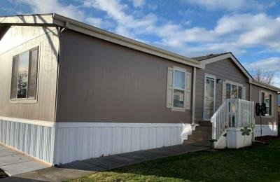 Mobile Home at 10 E. South Stage Rd., #407 Medford, OR 97501