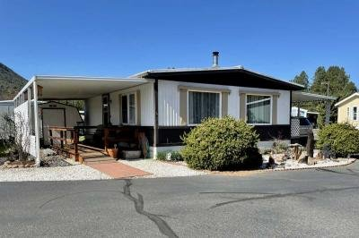 Mobile Home at 2019 Rogue River Hwy, No 5 Gold Hill, OR 97525