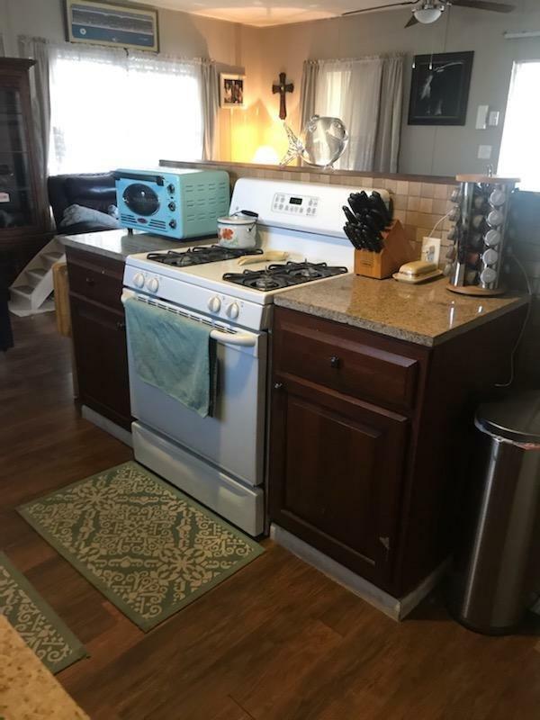 1973 Starlit Mobile Home For Sale