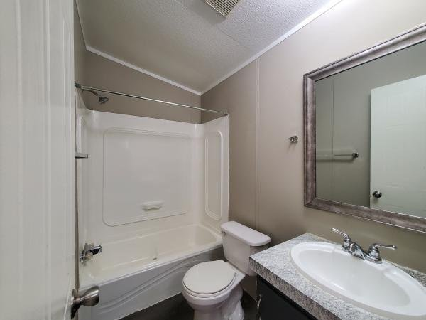2004 FLEETWOOD HOMES OF TEXAS INC. Mobile Home For Sale