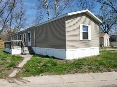 Mobile Home at 137 Beach Edwardsville, KS 66113