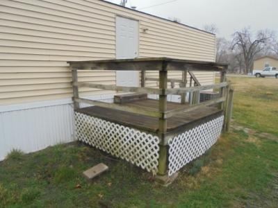 Mobile Home at 101 N Michigan Street, #62 Lawrence, KS 66044