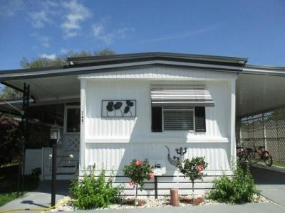 Mobile Home at 748 Mockingbird Ln. Leesburg, FL 34748