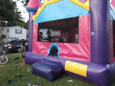 Mobile Home at 607 Cedarwood Dr Moncks Corner, SC 29461