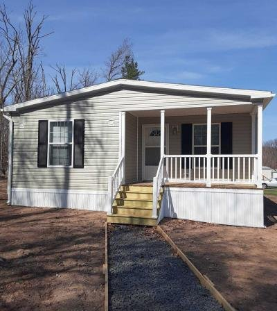 Mobile Home at 140 Valley Stream Mountain Top, PA 18707