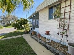 Photo 5 of 33 of home located at 1313 Quarterdeck Circle, Lot 33 Ruskin, FL 33570