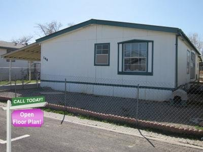 Mobile Home at 140 Villa Park Way Fernley, NV 89408