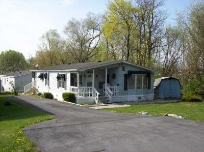 Mobile Home at 105 Cracked Walnut Way Martinsburg, WV 25404