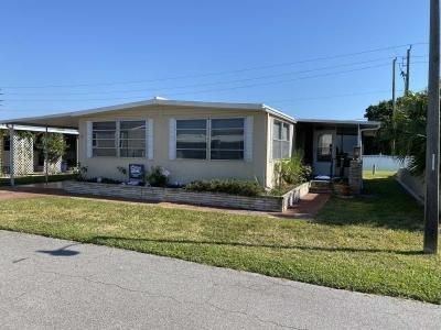 Mobile Home at 18 Flamboyant Street Nokomis, FL 34275