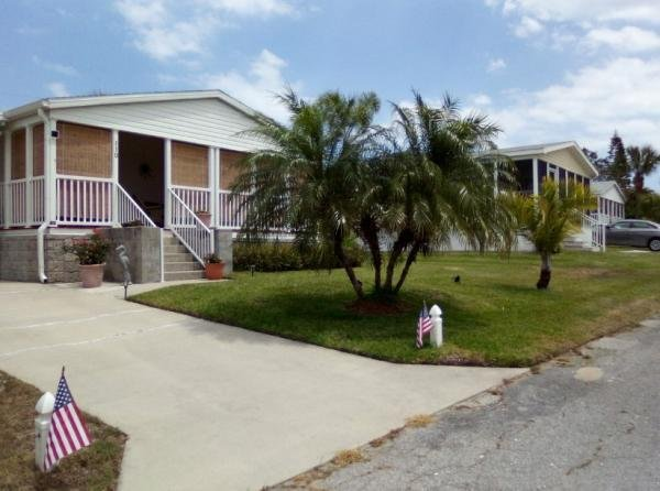 Photo 1 of 2 of home located at 6200 99th Street Lot 110 Sebastian, FL 32958