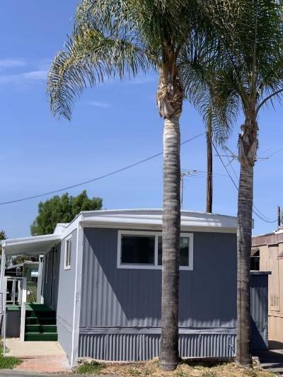 Mobile Home at 2191 Harbor Blvd. Costa Mesa, CA 92627