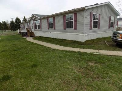 Mobile Home at 2256 Falling Leaf Newport, MI 48166