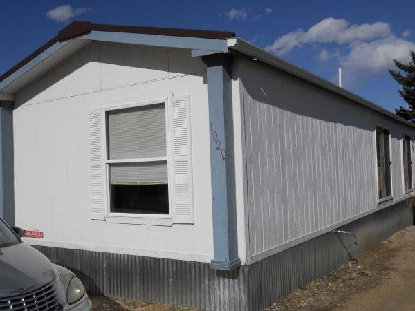 2000 Chief Ind. Mobile Home For Sale
