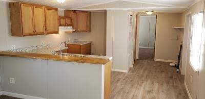 Mobile Home at 31 Canal Pontiac, MI 48341