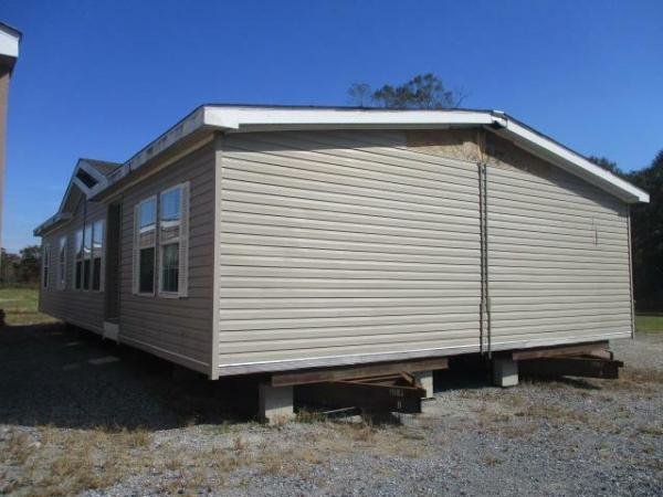 Photo 1 of 2 of home located at 1608 Highway 90 Raceland, LA 70394