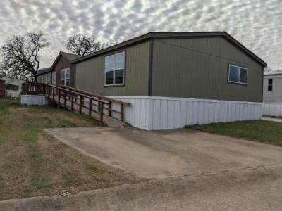 Mobile Home at 4951 Collett Little Rd Fort Worth, TX 76119