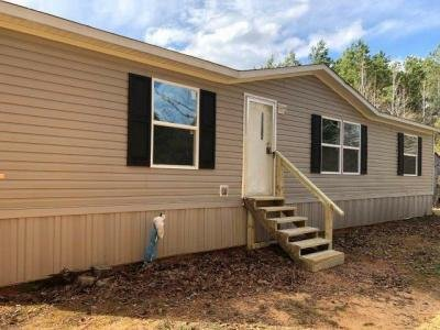 Mobile Home at 200 Louis Walker Rd Louisville, MS 39339
