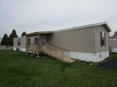 Mobile Home at 2798 S Country Club Rd Lot 4 Warsaw, IN 46580