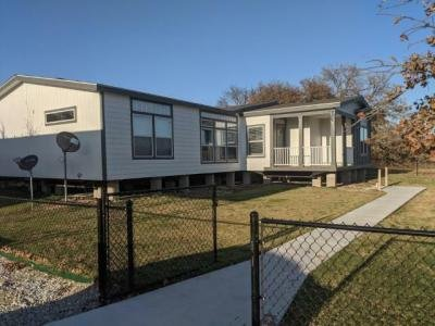 Mobile Home at 5451 S Ih-35E Corinth, TX 76210