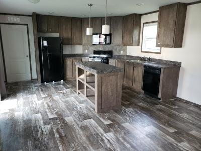 Mobile Home at 014 Golfview Court North Liberty, IA 52317