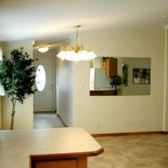 Photo 1 of 11 of home located at 4212 E 29Th Des Moines, IA 50317