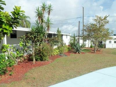 Mobile Home at 42 Paradise Lake Dr Lake Placid, FL 33852
