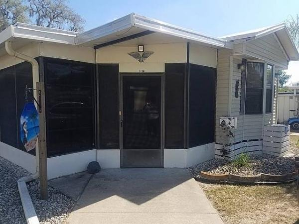 1986 PARK Mobile Home For Sale