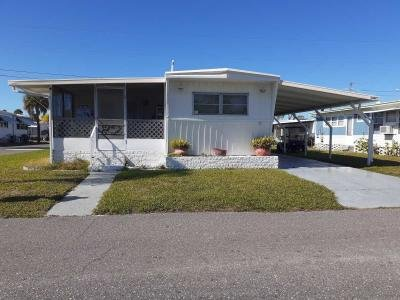 Mobile Home at 10442 Bay Street N.e Saint Petersburg, FL 33716