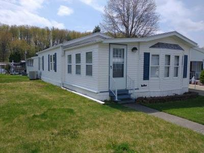 Mobile Home at 114 Wilaprk Drive Akron, OH 44312