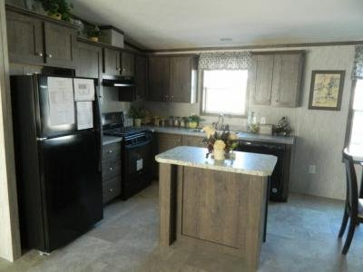 Mobile Home at 413 Saratoga Rd, Lot 141 Glenville, NY 12302
