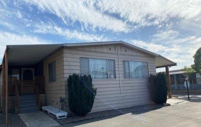 Mobile Home at 10701 Cedar Ave. Spc 194 Bloomington, CA 92316