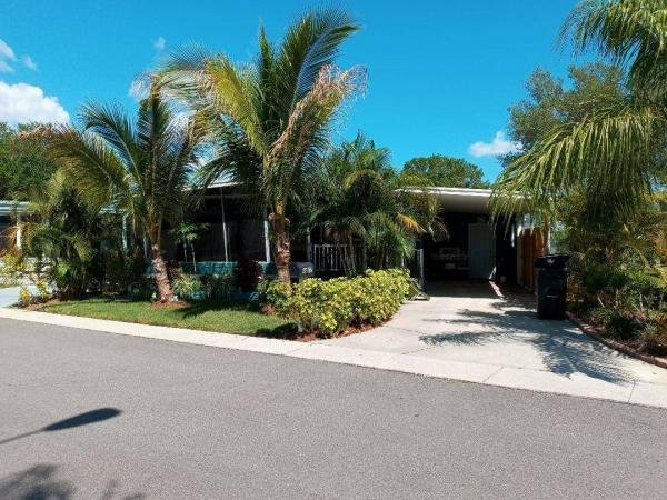 Photo 1 of 2 of home located at 93072 6th St N Pinellas Park, FL 33782