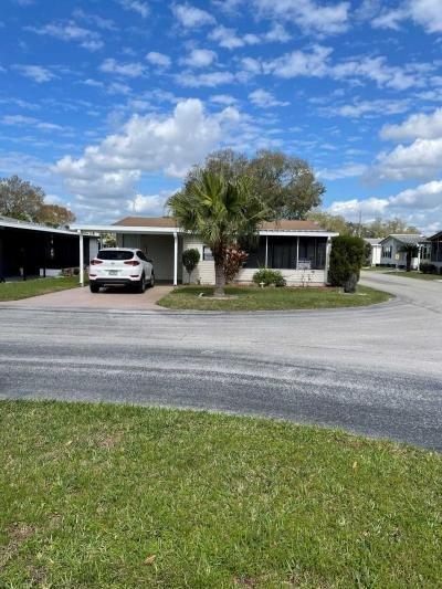 Mobile Home at 830 Lake Larch Loop Lakeland, FL 33805
