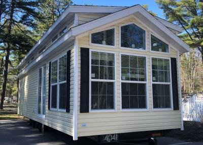 Mobile Home at 179 Saco Ave V-B3 Old Orchard Beach, ME 04064