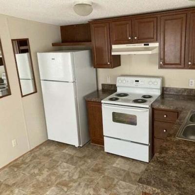 Mobile Home at 25130 Doncea Warren, MI 48091