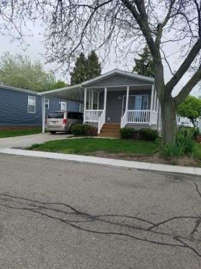 Mobile Home at 4049 Riverview Circle Mount Clemens, MI 48043