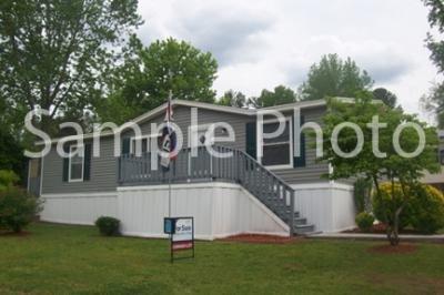 Mobile Home at 4302 Woods Edge Street Lot We4302 Saginaw, MI 48603