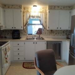 Photo 4 of 22 of home located at 127 Doubloon Dr North Fort Myers, FL 33917